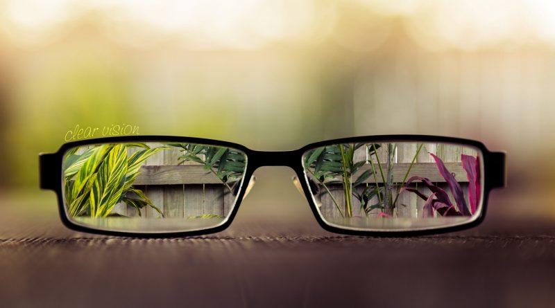 Lent Optik ofera Consultatii oftalmologice gratuite în 49 de comune si sate din Judetul Caras-Severin